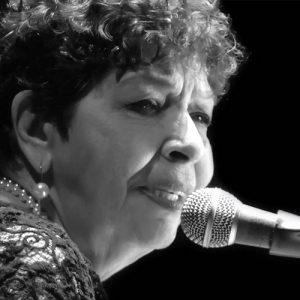 Sueli Costa, Fernanda Cunha e Áurea Martins